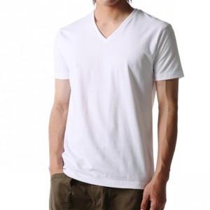 インナーにも一枚でも!春夏秋に半袖VネックTシャツ・カットソー