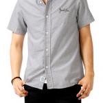 暑い真夏の時期にオススメ!大人っぽく清潔感のある襟付き半袖シャツ
