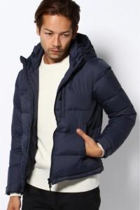 真冬のアウターはコレ!ダウンジャケットはネイビー・紺色がおすすめ